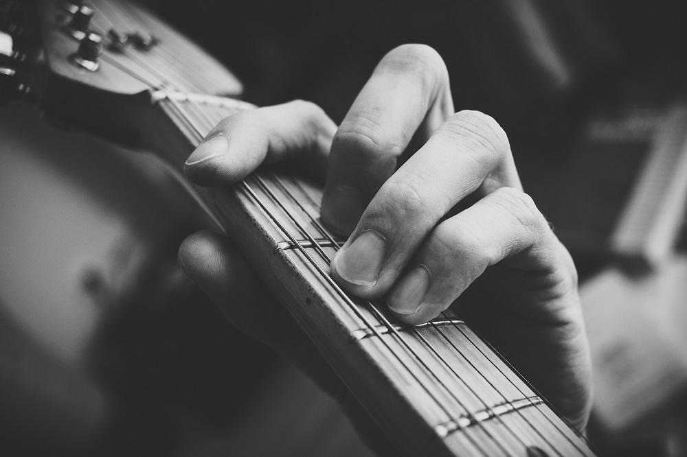آموزش گیتار جلسه هشتم | آکورد باره گیتار