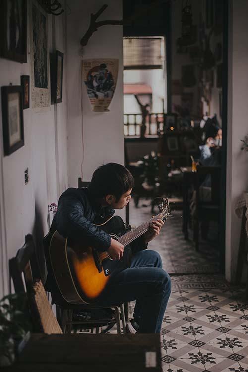 هنرجویان چپ دست گیتار